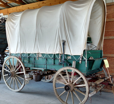 covered wagon 2